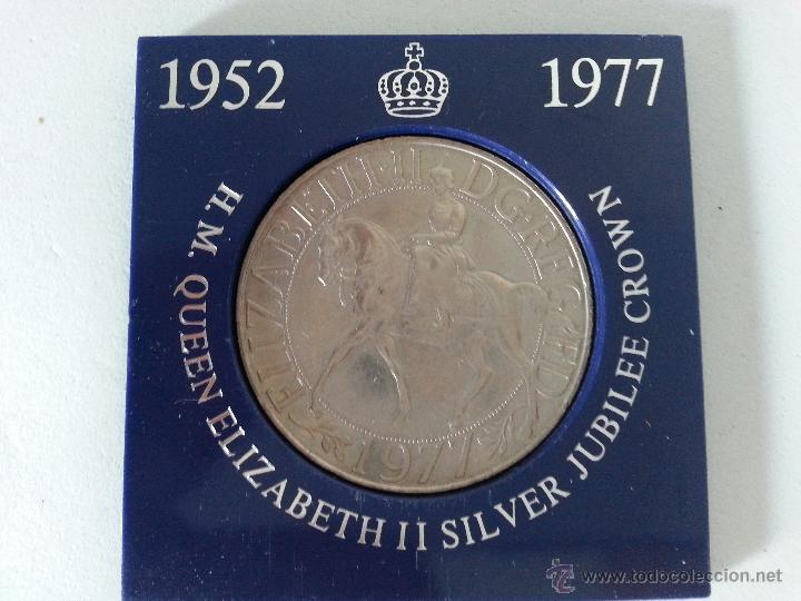MEDALLA DE H.M.QUEEN ELIZABETH II SILVER JUBILEE CROWN-1952-1977 (Numismática - Medallería - Histórica)