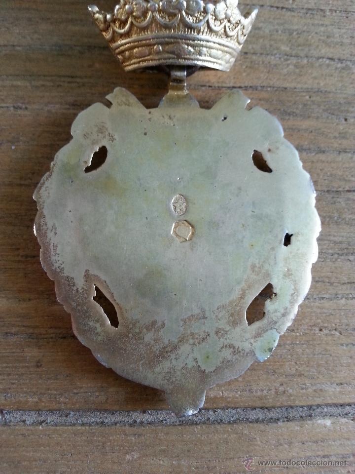 Medallas históricas: ANTIGUA MEDALLA CON ESCUDO DE HERCULES DE CADIZ EN PLATA DORADA CON CONTRASTES Y MEDALLITA DE SOLAP - Foto 8 - 45326499