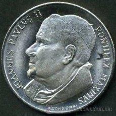 Medallas históricas: MEDALLON TIPO MONEDA ES DE PLATA ( JUAN PABLO II Y VIRGEN ) PESA 14 GRAMOS DE PLATA - P3. Lote 88119260