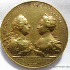 Medalhas históricas: GRAN MEDALLA BRONCE DORADO. AUSTRIA. FAMILIA IMPERIAL . FRANCISCO Y MARIA THERESA.1769. Lote 46597588