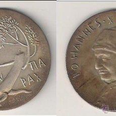 Medallas históricas: MEDALLA DE JUAN XXIII DE 1960. OBEDIENCIA Y PAZ. VATICANO. PLATA. CON ESTUCHE ORIGINAL. (PA68).. Lote 49095459
