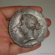 Medallas históricas: MEDALLA DE LA GUERRA DE AFRICA CONTRA MARRUECOS 21-10-1859 ISABEL II (6 CM). Lote 50324035