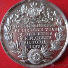 Medallas históricas: INGLATERRA. MEDALLA DE LA REINA VICTORIA CONMEMORANDO LOS 60 AÑOS DE SU REINADO.1897.. Lote 54872772