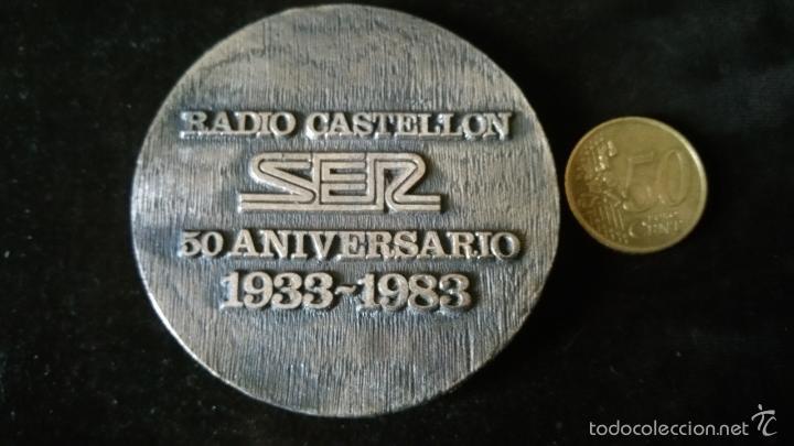 Medallas históricas: MEDALLA CONMEMORATIVA DE RADIO CASTELLON SER 50 ANIVERSARIO - Foto 2 - 57396887