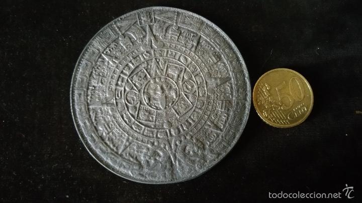 Medallas históricas: MEDALLA CONMEMORATIVA DEL SOL DE PIEDRA,CALENDARIO AZTECA - Foto 2 - 57405645