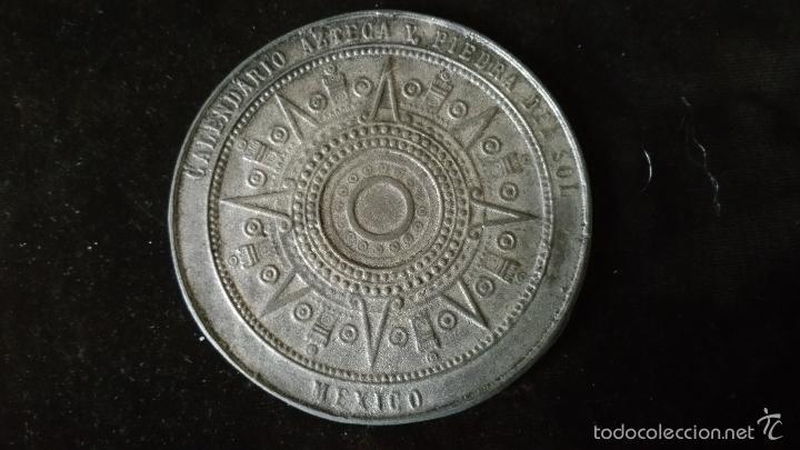 Medallas históricas: MEDALLA CONMEMORATIVA DEL SOL DE PIEDRA,CALENDARIO AZTECA - Foto 3 - 57405645