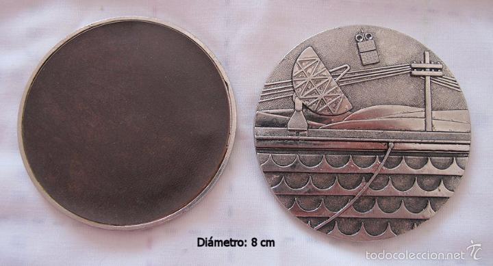 Medallas históricas: LOTE 7 MEDALLAS 50 ANIVERSARIO TELEFONICA - Foto 3 - 57529006