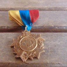 Medallas históricas: MEDALLA PREMIO MARCADA CONDUCTA COLORES REPUBLICA. Lote 58686276