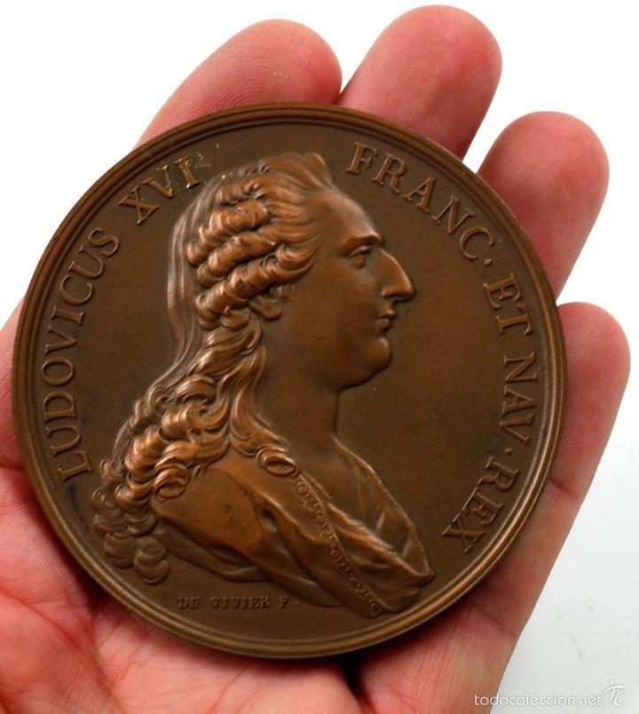 LUDOVICUS XVI FRANC ET NAV REX. (DU VIVIER F.) REVERSO MARIA ANTONIETA, BRONCE, 7,5 DIÁMETRO. (Numismática - Medallería - Histórica)