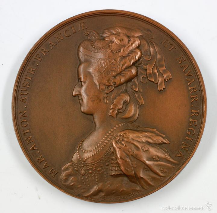 Medallas históricas: LUDOVICUS XVI FRANC ET NAV REX. (du vivier f.) reverso maria antonieta, bronce, 7,5 diámetro. - Foto 4 - 62504304