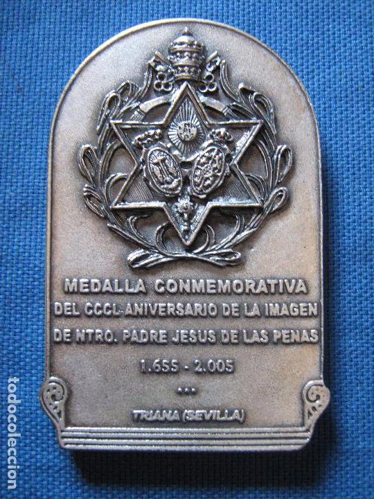 Medallas históricas: SEMANA SANTA SEVILLA - MEDALLA - CCCL ANIVERSARIO IMAGIEN JESUS DE LAS PENAS - 1655/2005 EN ESTUCHE - Foto 2 - 62585312