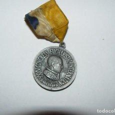 Medallas históricas: BONITA MEDALLA CON CINTA AÑO 1952 PAPA PIO XII CONGRESO EUCARISTICO BARCELONA3,2 CENTÍMETROS DE DIÁM. Lote 64394723