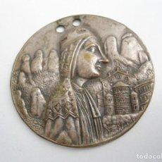 Medallas históricas: MEDALLA VIRGEN DE MONTSERRAT CON RELIEVE- ANTIGUA MEDALLA RELIGIOSA (VER FOTOS). Lote 69526941