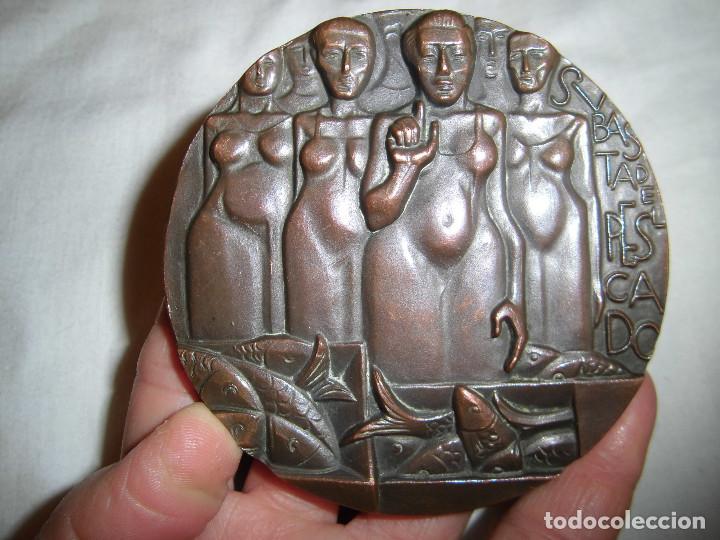 Medallas históricas: MEDALLA F.N.M.T. 1971.SUBASTA DE PESCADORES.BRONCE - Foto 8 - 72420719