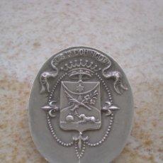 Medallas históricas: EMBLEMA O INSIGNIA DE LA ORDEN DE SANTO DOMINGO O DOMINICOS DE VALENCIA, CRUZ DE CALATRAVA. Lote 73770039