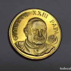 Medallas históricas: MEDALLA DORADA PAPA JUAN XXIII, BUSTO PAPA, LIBRO BIBLIA, 7,8 GRAMOS SÍMBOLOS. Lote 75107687