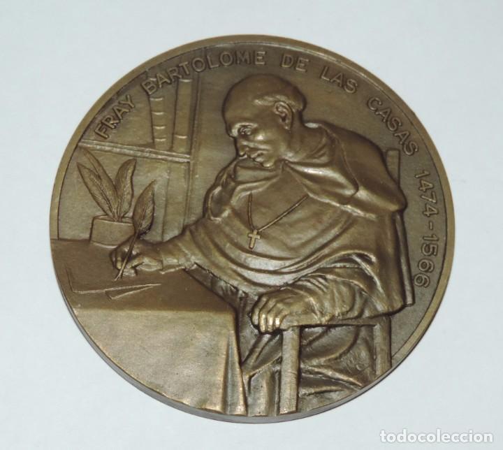 MEDALLA CONMEMORATIVA DE FRAY BARTOLOME DE LAS CASAS, 1474 / 1566, INSTITUTO DE COOPERACION IBEROAME (Numismática - Medallería - Histórica)