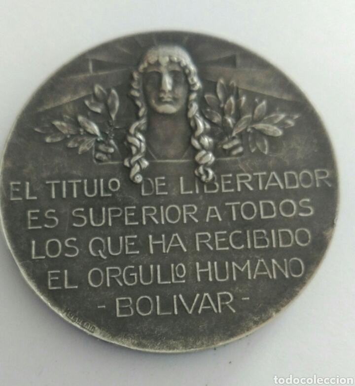 Medallas históricas: Medalla Centenario de la muerte del Libertador Simón Bolívar por el Congreso de Venezuela 1930 - Foto 2 - 88327424