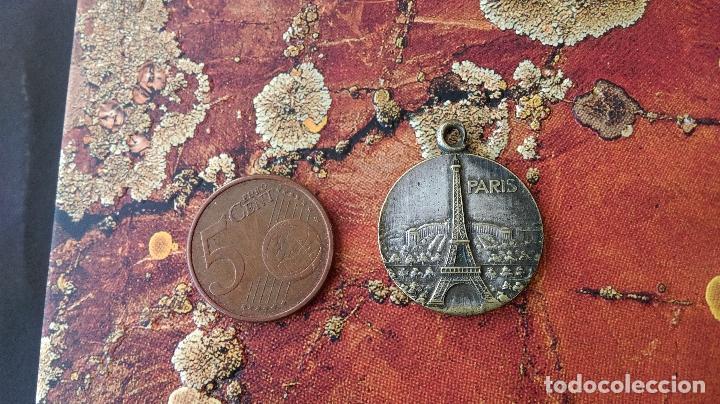 ANTIGUA MEDALLA FRANCIA FRANCE ARCO DE TRIUNFO DE PARÍS EIFFEL TOUR (Numismática - Medallería - Histórica)