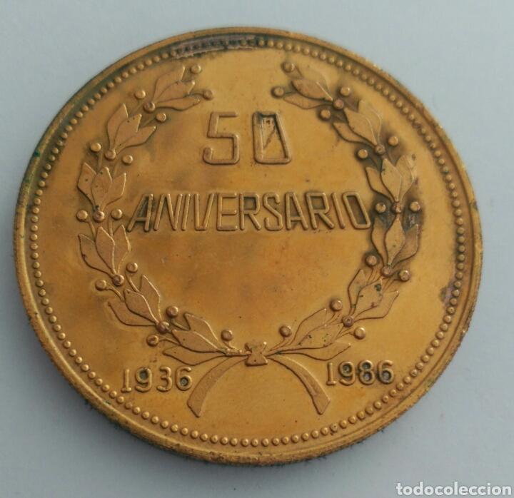 Medallas históricas: MEDALLA DEL 50 ANIVERSARIO DE LA CONFEDERACIÓN DE TRABAJADORES DE VENEZUELA. C.T.V. 1986 - Foto 2 - 88797434