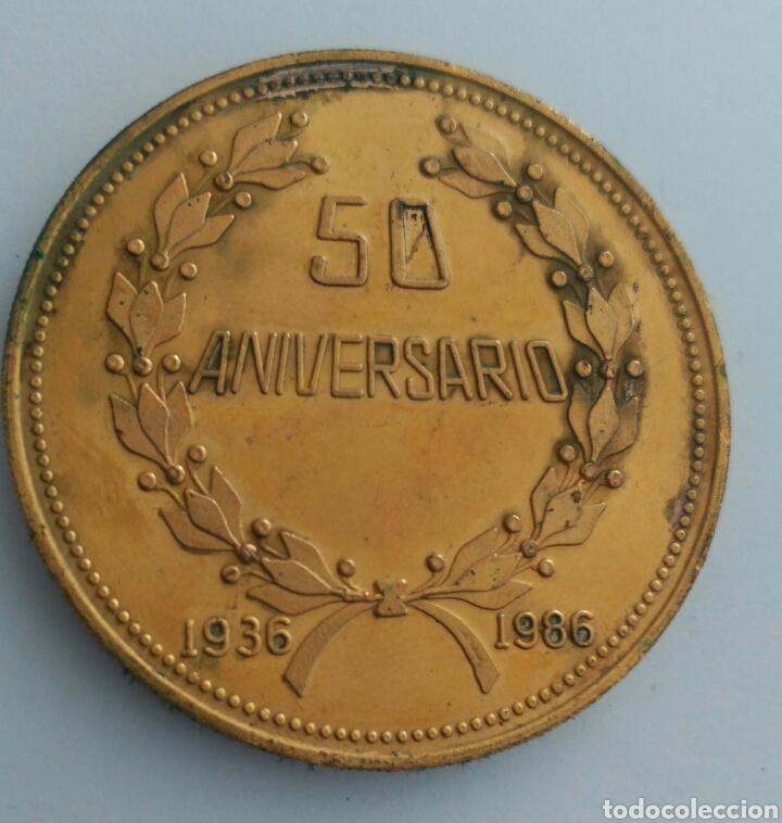 Medallas históricas: MEDALLA DEL 50 ANIVERSARIO DE LA CONFEDERACIÓN DE TRABAJADORES DE VENEZUELA. C.T.V. 1986 - Foto 4 - 88797434