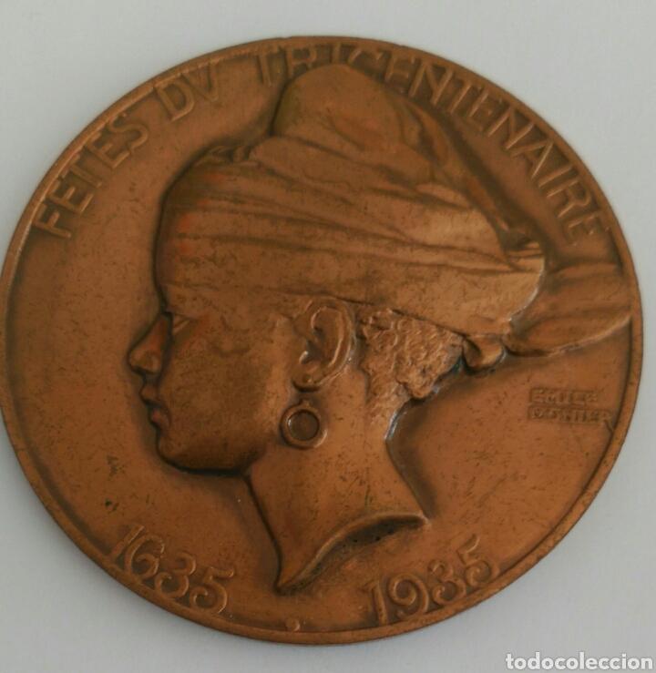 MEDALLA FETES DV TRICENTENAIRE LA GUYANE PROVINCE FRANCAISE 1935 TRICENTENARIO GUAYANA PROV. FRANCIA (Numismática - Medallería - Histórica)