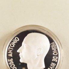 Medallas históricas: JOSÉ ANTONIO PRIMO DE RIVERA PLATAFORMA 2003 - MONEDA CONMEMORATIVA DE 1 ONZA DE PLATA 999 -. Lote 98765567
