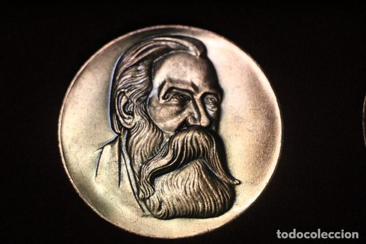 Medallas históricas: estuche con tres medallas con la efigie de Marx Engels y Lenin rda años 60-70 - Foto 4 - 103875995