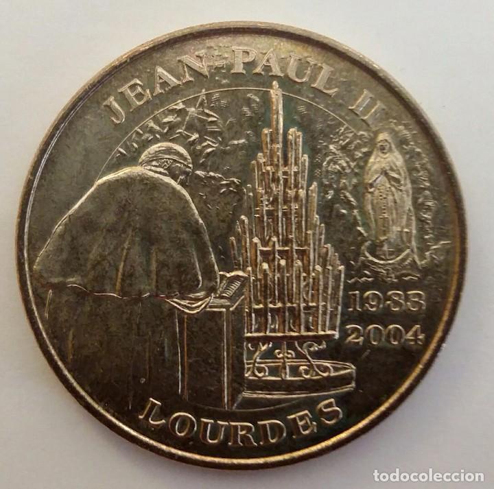 MEDALLA DEL PAPA JUAN PABLO II EN NOTRE DAME DE LOURDES (Numismática - Medallería - Histórica)