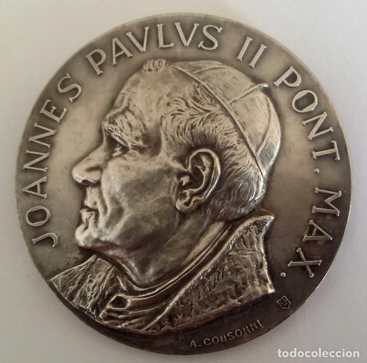 PRECIOSA MEDALLA JUAN PABLO II EN VENEZUELA DE A. CONSONNI. RENUEVA TU FE JOANNES PAULUS II PONT MAX (Numismática - Medallería - Histórica)