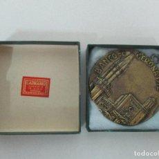 Medallas históricas: MEDALLA BANCO DE GERONA - BRONCE - SELLO CARMANIU - CAJA ORIGINAL - AÑO 1972. Lote 104173791