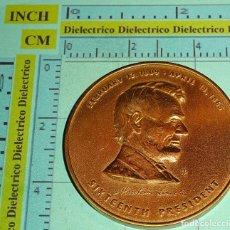 Medallas históricas: MEDALLA MEDALLÓN MONEDA CONMEMORATIVA DEL 16 PRESIDENTE DE ESTADOS UNIDOS ABRAHAM LINCOLN. 60 GR. Lote 105764895