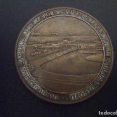 Medallas históricas: MEDALLA INAGURACION FABRICA AT&T POR SS.MM. LOS REYES D. JUAN CARLOS Y Dª SOFIA. 30 NOV 1987. Lote 113703199