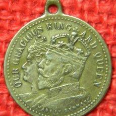 Medallas históricas: ORIGINAL 1902 MEDALLA DE LA CORONACION DEL REY EDUARDO VII Y ALEJANDRA - 22 MM DE DIAM SIN CORONA. Lote 115702339