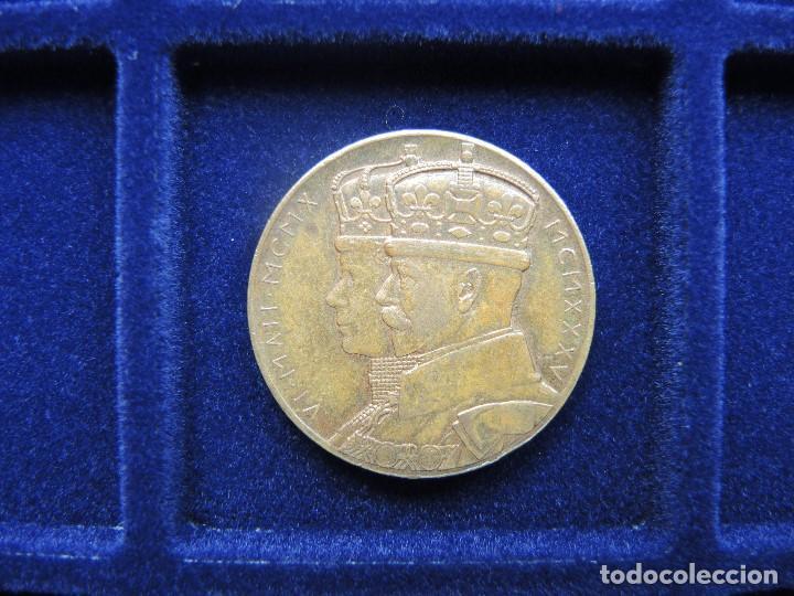 MEDALLA CONMEMORATIVA SUCESIÓN JORGE V, SUDÁFRICA, 1935 (Numismática - Medallería - Histórica)