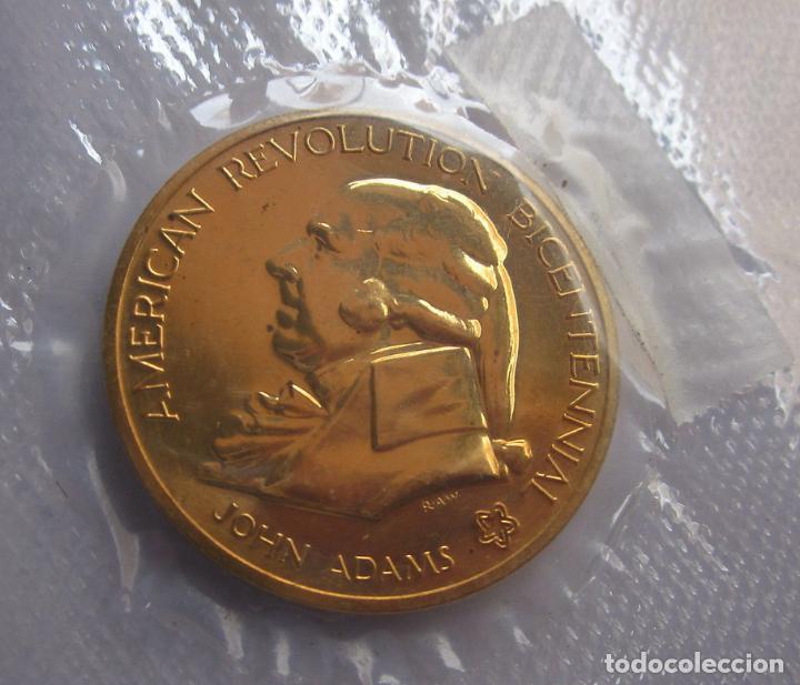 ESTADOS UNIDOS . MEDALLA DORADA DE 1976 .BICENTENARIO (Numismática - Medallería - Histórica)