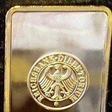 Medallas históricas: LINGOTE ORO 24 KT. CON EL BANCO BUNDESREPUBLIK DEUTSCHE REICHSBANK Y CRUZ DE HIERRO. Lote 181176435
