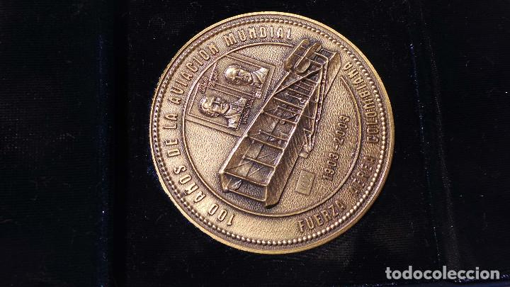Medallas históricas: MEDALLA FUERZAS AÉREAS COLOMBIANAS.- 100 AÑOS DE LA AVIACIÓN MUNDIAL - Foto 2 - 127843899