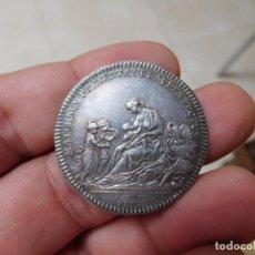 Medallas históricas: MEDALLA FRANCESA DE PLATA 1813. Lote 128650143