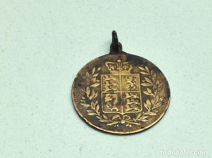 Medallas históricas: ANTIGUA MEDALLA VICTORIA QUEEN AND EMPRESS - Foto 2 - 132132518