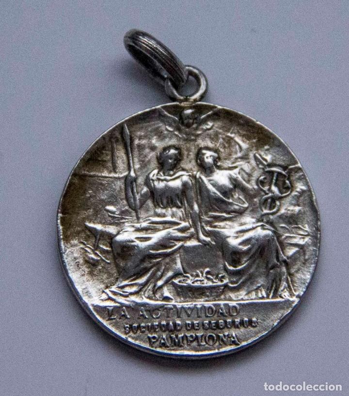 MEDALLA DE PLATA - LA ACTIVIDAD SOCIEDAD DE SEGUROS - PAMPLONA - B.SERRANO BILBAO (Numismática - Medallería - Histórica)