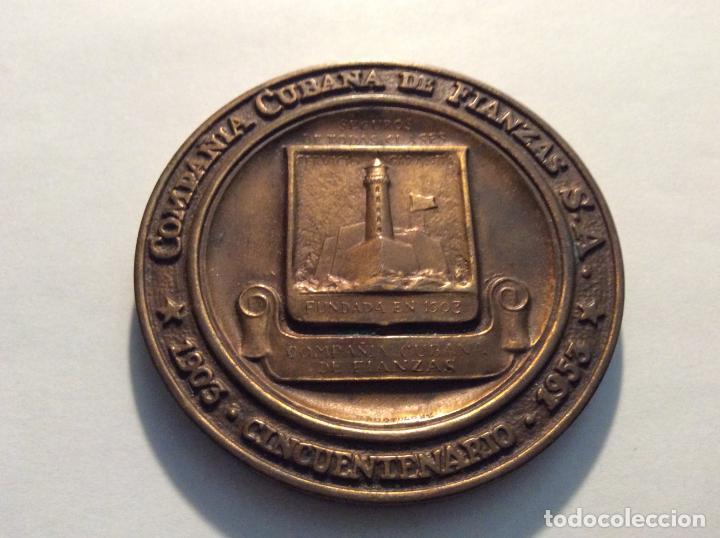 MEDALLA COMPAÑIA CUBANA DE FIANZAS SA. CINCUENTARIO DIAM. 7,5CM (Numismática - Medallería - Histórica)
