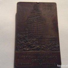 Medallas históricas: PIE DE MESA 100 ANIVERSARIO DE LA AMERICAN INSURANCE GROUP NEW JERSEY. Lote 136975718