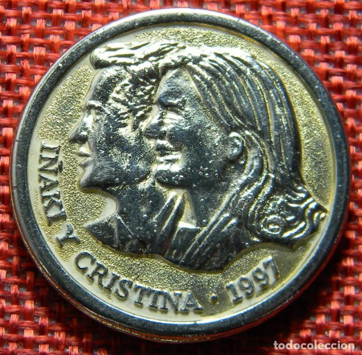 MONEDA CONMEMORATIVA DE BODAS REALES - 1997 - BARCELONA - IÑAKI Y CRISTINA - DIAMETRO 31 MM (Numismática - Medallería - Histórica)
