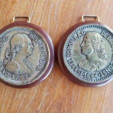 Medallas históricas: MONEDAS MEDALLAS REPRODUCCIÓN PARA COLGAR ISABEL II 1864 Y CARLOS IIII 1797. Lote 137912681