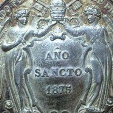 Medallas históricas: MEDALLA PLATA DORADA JUBILEO UNIVERSAL PAPA PIO IX AÑO SANCTO 1875 41,40 GRAMOS 52MM DIAMETRO. Lote 139422134