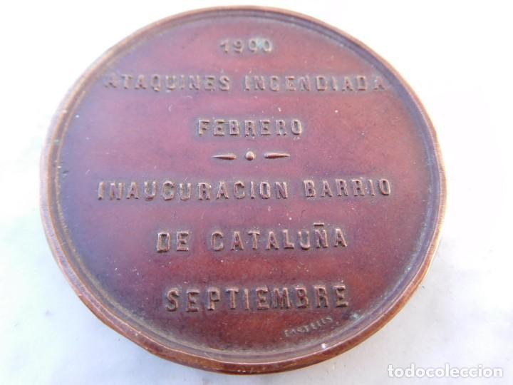 Medallas históricas: Medalla fomento del trabajo nacional ataquines incendiada año 1900 Valladolid - Foto 2 - 145330994