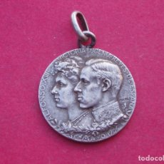 Medallas históricas: MEDALLA DE PLATA DE LA BODA DE ALFONSO XIII - MAYO 1906.. Lote 145915146