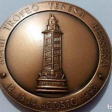 Medallas históricas: ESPAÑA- MEDALLA - XLVIII TROFEO TERESA HERRERA- CORUÑA 1993 ( 145,45 GR. ) SC UNC ( P023 ). Lote 152023946