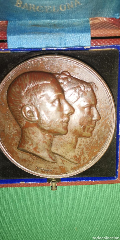 Medallas históricas: Medalla medallón conmemorativo de las bodas de Alfonso 12 y María de las Mercedes 1878 Castell - Foto 2 - 152849781